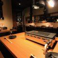 カウンター側テーブル